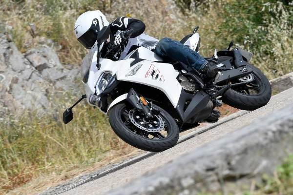 Prueba VOGE 300RR Motorbikemag