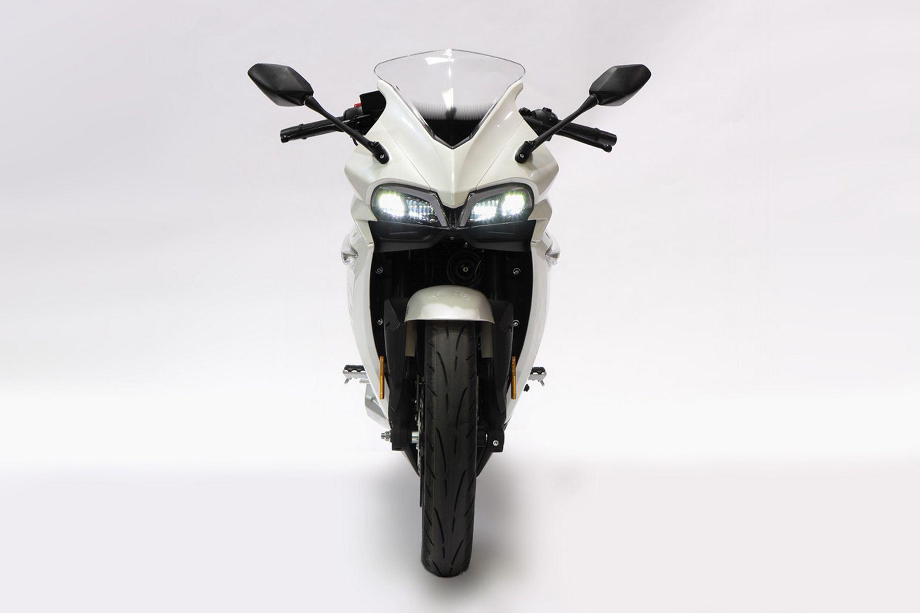 VOGE-300-RR-7